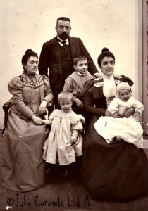 FAMILIA ISIDRO CLAROS